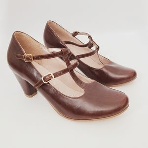 Chelsea Crew Modcloth Brown Pu Leather Retro Pumps